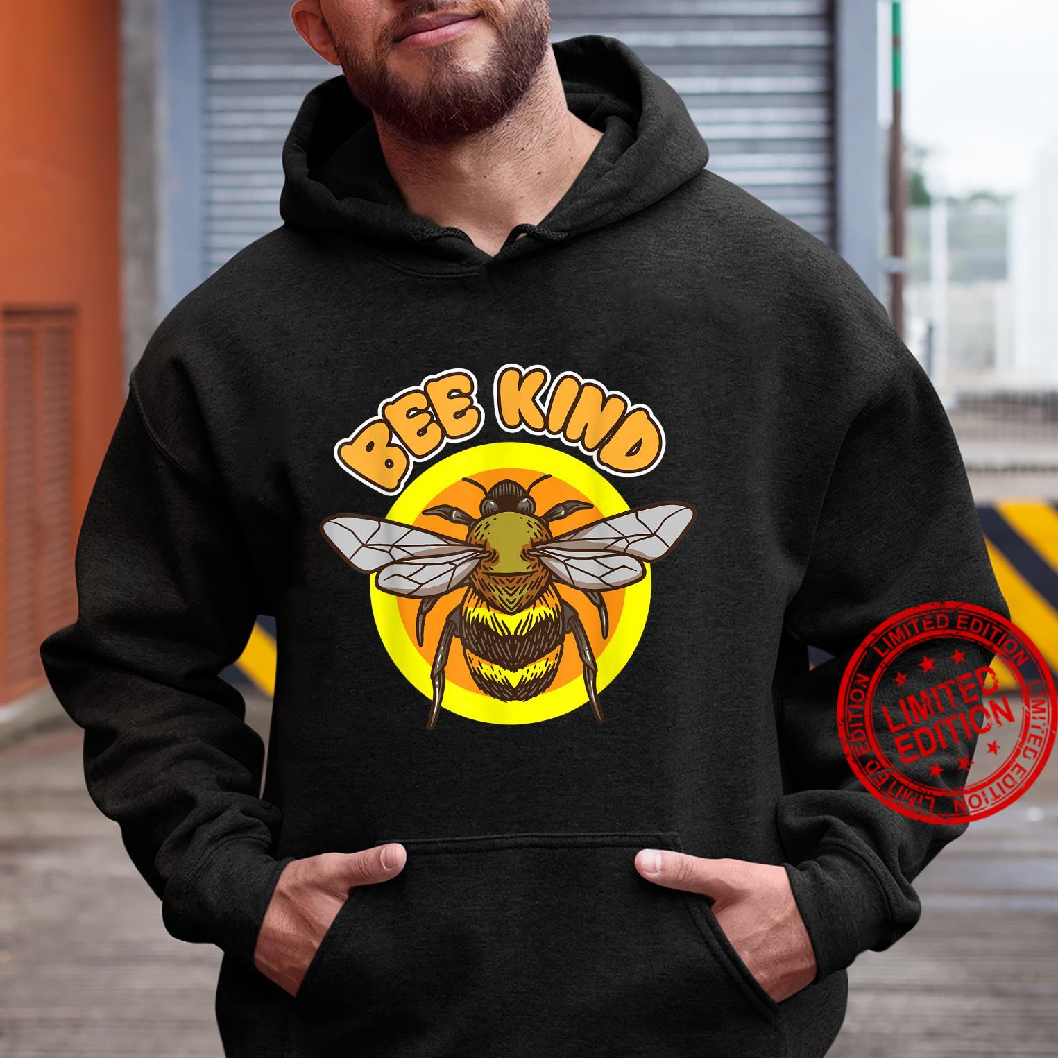 Bee Kind flying Honey Bee insect in Summer Nature Shirt hoodie